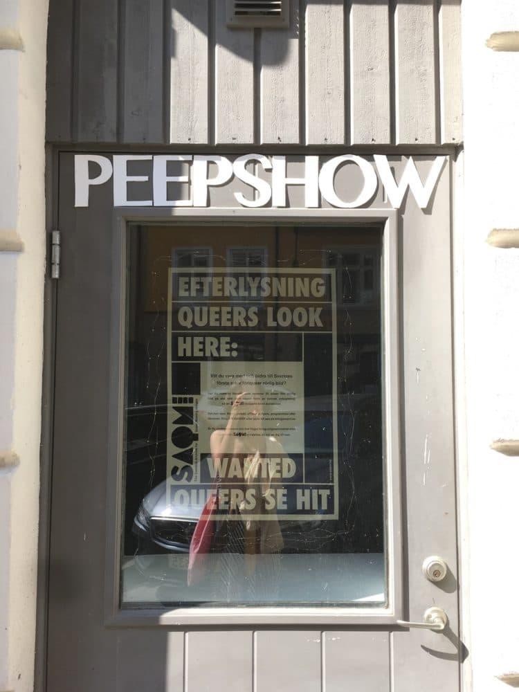 Peepshow Galleri 54